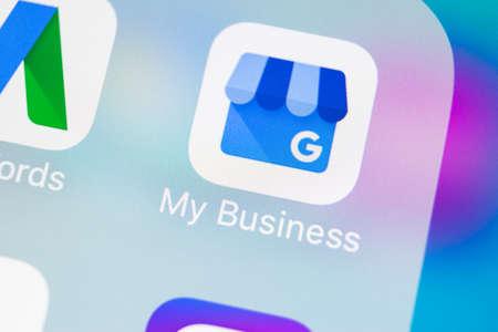 Photo pour Sankt-Petersburg, Russia, March 14, 2018: Google My Business application icon on Apple iPhone X screen close-up. Google My Bysiness icon. Google My business application. Social media network - image libre de droit