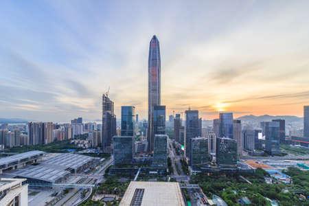 Photo pour Shenzhen city skyline - image libre de droit