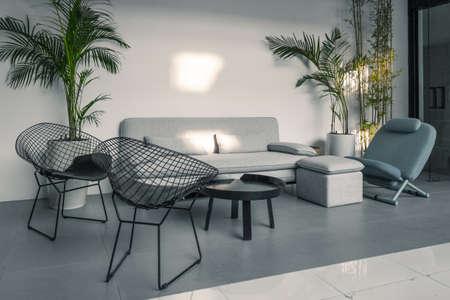 Foto de Sofa and chair in indoor space - Imagen libre de derechos
