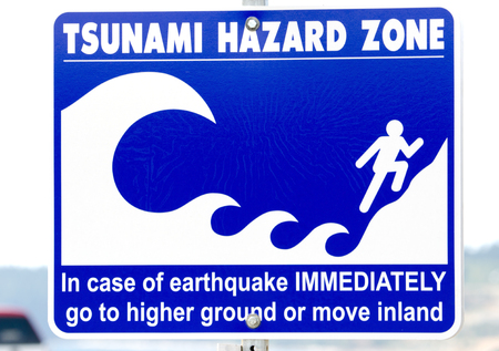 Foto de Tsunami Hazard Warning Sign, Victoria, Canada - Imagen libre de derechos