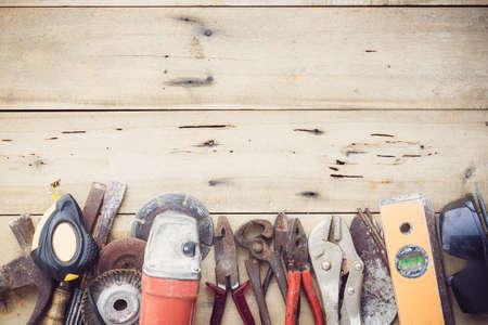 Photo pour old equipment tools group set on grain wood - image libre de droit