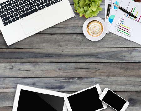 Foto de home business desk with communication device - Imagen libre de derechos