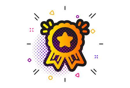Illustration pour Bonus points. Halftone circles pattern. Loyalty award icon. Discount program symbol. Classic flat loyalty award icon. Vector - image libre de droit