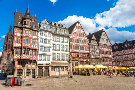 Foto de Old traditional buildings in Frankfurt, Germany  in a summer day - Imagen libre de derechos