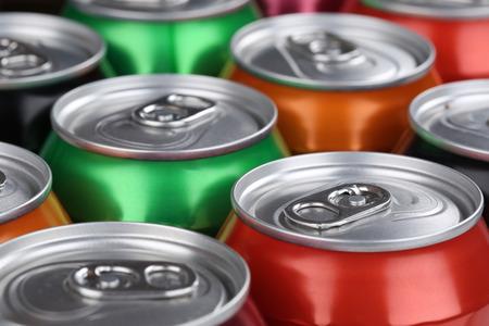 Foto de Drinks like cola, beer and lemonade in cans - Imagen libre de derechos