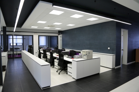 Photo pour Interior of the modern office - image libre de droit