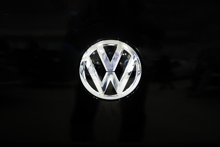 Foto de BELGRADE, SERBIA - MARCH 28, 2017: Detail of Volkswagen logo in Belgrade, Serbia. Volkswagen is a German car manufacturer headquartered in Wolfsburg, Germany, established in 1937. - Imagen libre de derechos