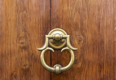 Photo pour Detail of the vintage door knocker from Florence, Italy - image libre de droit