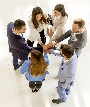 Foto de Overhead view of people having business meeting - Imagen libre de derechos