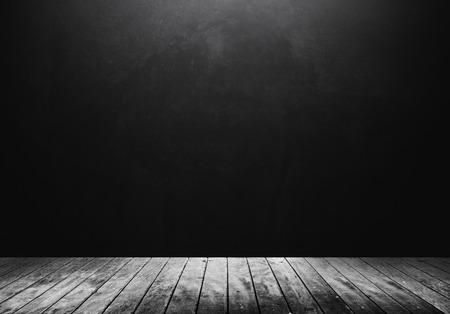 Photo pour Wooden floor with dark background - image libre de droit