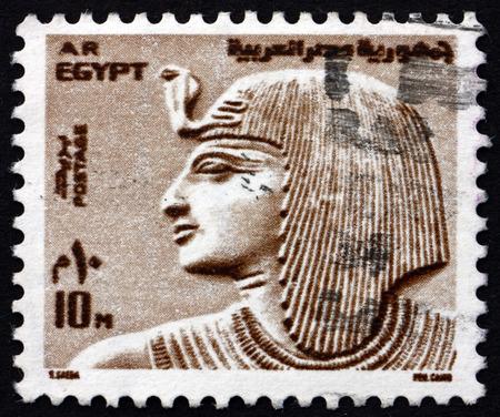 Foto de EGYPT - CIRCA 1973: a stamp printed in Egypt shows Pharaoh Sethos, circa 1973 - Imagen libre de derechos