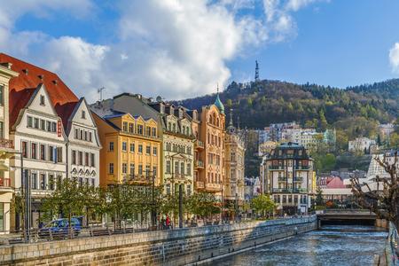 Foto de Tepla river in Karlovy Vary city center, Czech republic - Imagen libre de derechos