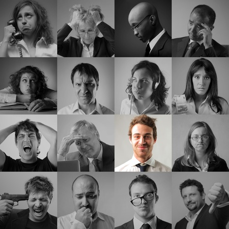 Foto de Collage of stressed and sad business people and smiling businessman in the middle - Imagen libre de derechos