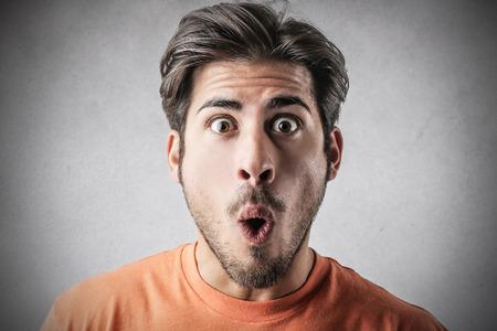 Photo pour Surprised man - image libre de droit