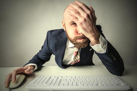 Photo pour Desperate employee - image libre de droit