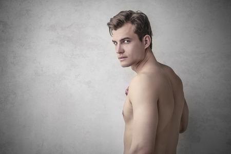 Photo pour Man standing naked - image libre de droit