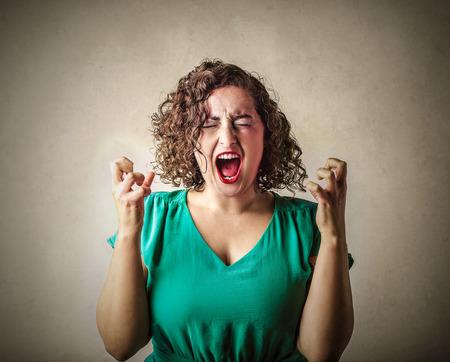 Foto de Crazy woman screaming - Imagen libre de derechos
