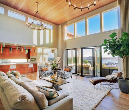 Photo pour Living Room in Luxury Home - image libre de droit