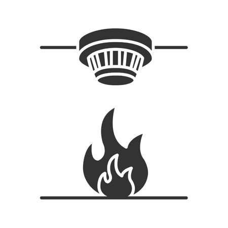 Ilustración de Smoke detector glyph icon. Fire alarm system. Silhouette symbol. Negative space. Vector isolated illustration - Imagen libre de derechos