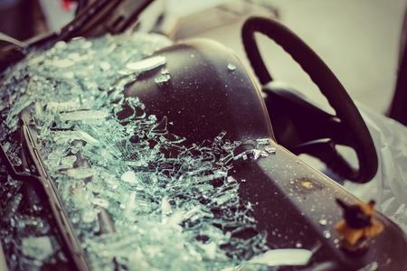 Foto de It is clear glass repair or auto accident on the road. - Imagen libre de derechos