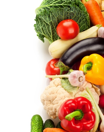 Photo pour Fresh ripe vegetables on white background - image libre de droit