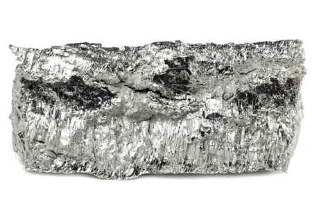 Photo pour 99.95% fine magnesium isolated on white background - image libre de droit