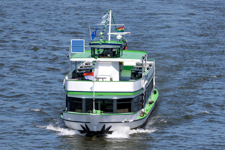 Foto de Excursion boat RHEINTREUE of Koelntourist on the river Rhine. RHEINTREUE has a capacity up to 130 passengers and is 27.9 m long. - Imagen libre de derechos