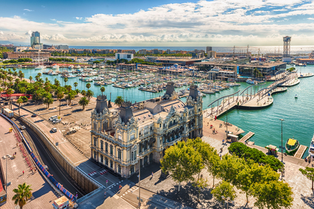 Foto per Scenic aerial view of Port Vell from the top of Columbus Monument, Barcelona, Catalonia, Spain - Immagine Royalty Free