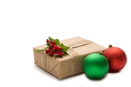 Foto de Gift box and Christmas decoration - Imagen libre de derechos