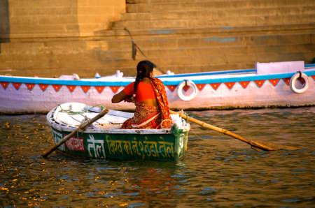 Foto de river ganges varanasi india - Imagen libre de derechos