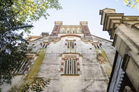 Photo pour Belgrano Palace or Otamendi Palace, an abandoned German Renaissance style building located in San Fernando, Buenos Aires, Argentina - image libre de droit