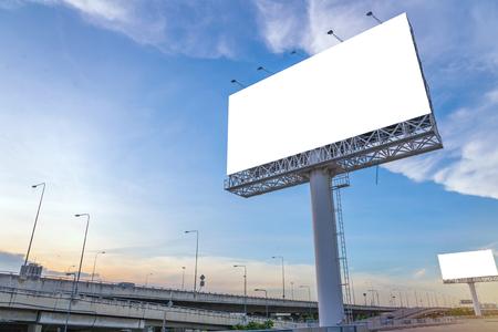 Foto de large Blank billboard ready for new advertisement. - Imagen libre de derechos