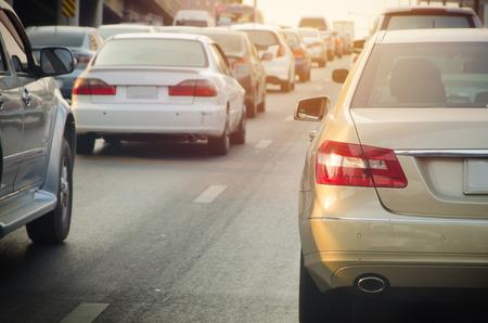 Foto de traffic jam with rows of cars during rush hour on road. - Imagen libre de derechos