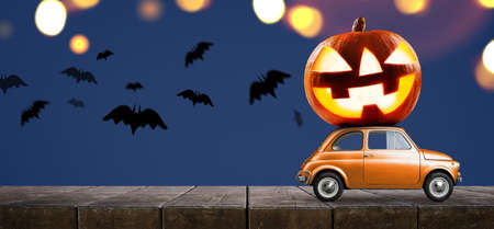 Photo pour Halloween car delivering pumpkin against night scary autumn forest background - image libre de droit
