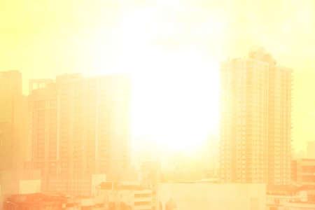 Photo pour blurred city town landscape, pollution city sun light soft background, building and city landscape urban with atmosphere pollution and sunlight soft background - image libre de droit