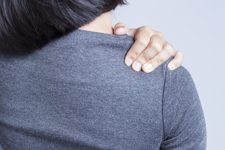Photo pour Office Syndrome: Shoulder Pain - image libre de droit