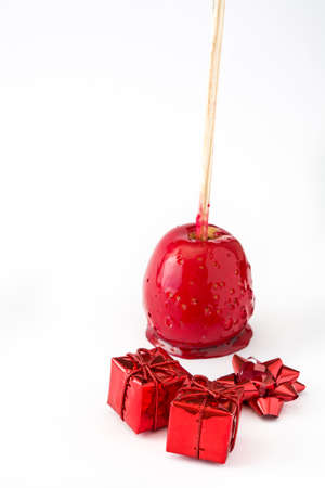 Foto de Candy Christmas apples isolated on white background - Imagen libre de derechos