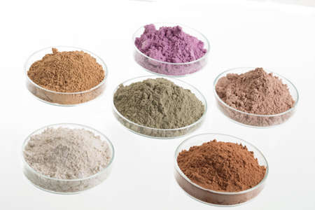 Photo pour cosmetic clay/: yellow, purple, pink, red, white, green for Spa and bodycare - image libre de droit