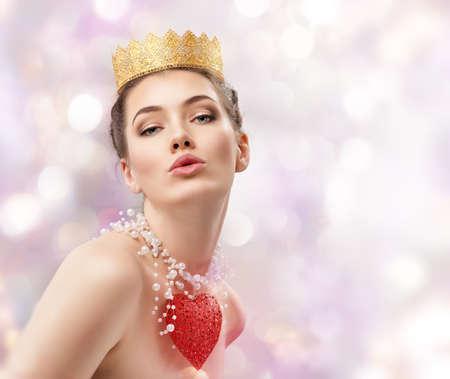 Foto de beautiful woman with red heart - Imagen libre de derechos