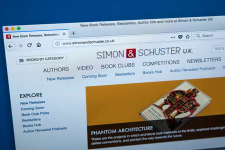 Foto de LONDON, UK - JANUARY 8TH 2018: The homepage of the official website for Simon & Schuster - the American publishing company, on 8th January 2018. - Imagen libre de derechos