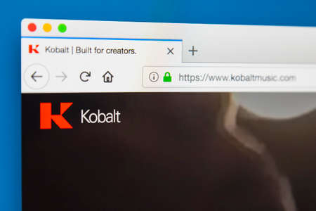 Foto de LONDON, UK - MAY 29TH 2018: The homepage of the official website for the Kobalt Music Group - an independent rights management and publishing company, on 29th May 2018. - Imagen libre de derechos