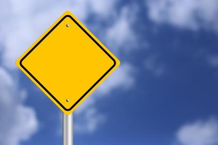 Photo pour Blank Yellow  Road Sign with blue sky background. - image libre de droit