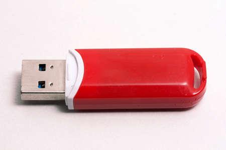 Photo pour usb flash drive technology red - image libre de droit