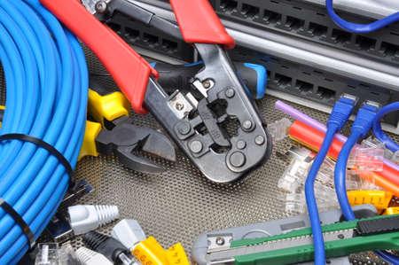Foto de Tools for crimping with component to computer network - Imagen libre de derechos