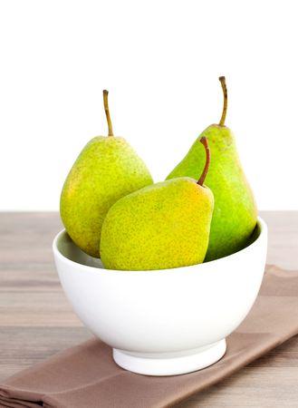 Photo pour three charneux pears in a bowl  - image libre de droit