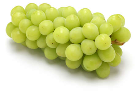 Photo pour Shine muscat, japanese new variety grape isolated on white background - image libre de droit