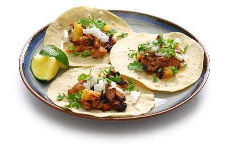 Foto de tacos al pastor, mexican food isolated on white background - Imagen libre de derechos