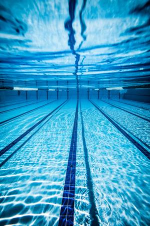 Photo pour Swimming pool under water background - image libre de droit