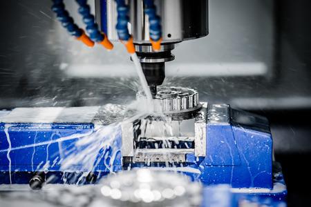 Photo pour Metalworking CNC milling machine. Cutting metal modern processing technology. - image libre de droit