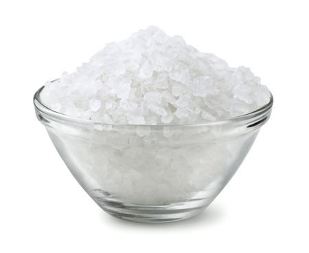 Photo pour Glass bowl of salt isolated on white - image libre de droit